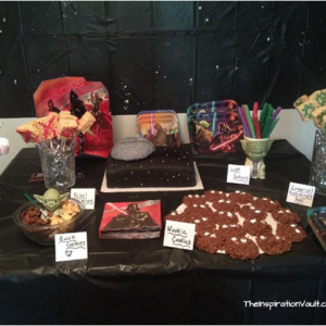 Star Wars Themed DIY Party Food Table