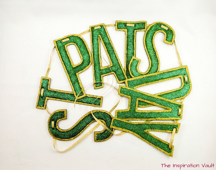 Glittered St Pats Day Banner Complete