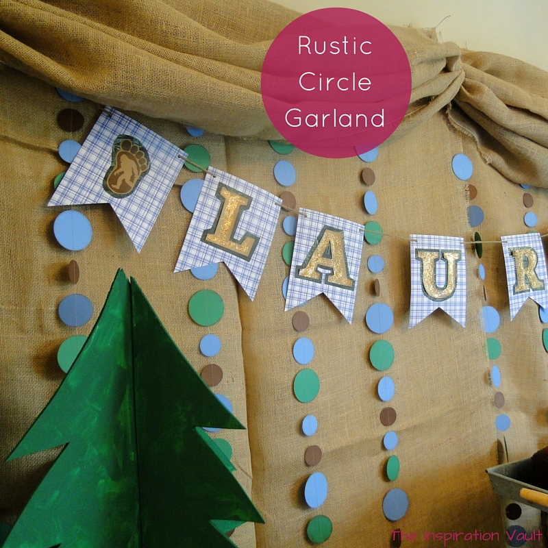 Rustic Circle Garland Feature