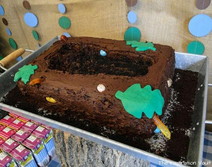 Bigfoot Tracks Cake Complete