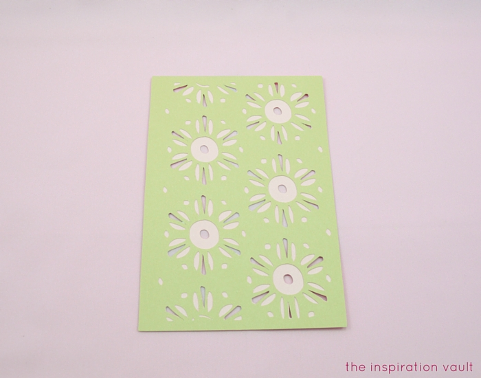Lovely Daisy Cricut Birthday Card Step 10b