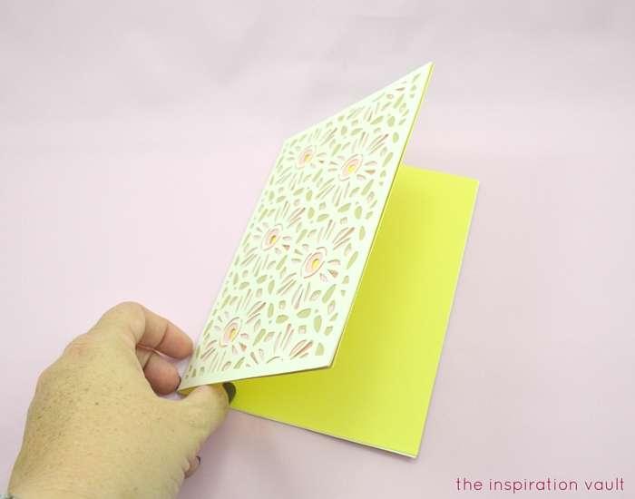 Lovely Daisy Cricut Birthday Card Step 14b