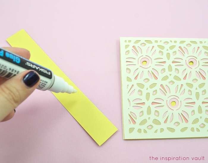 Lovely Daisy Cricut Birthday Card Step 15a