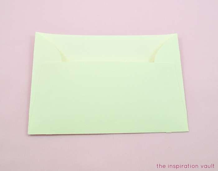Lovely Daisy Cricut Birthday Card Step 16b