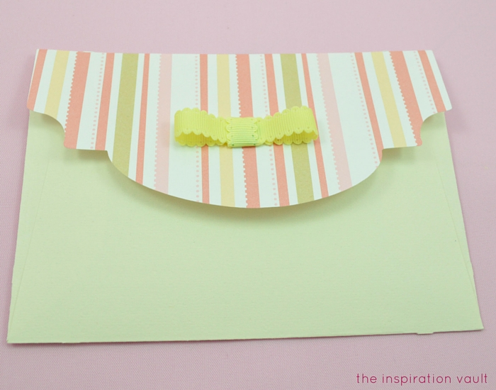 Lovely Daisy Cricut Birthday Card Step 19b