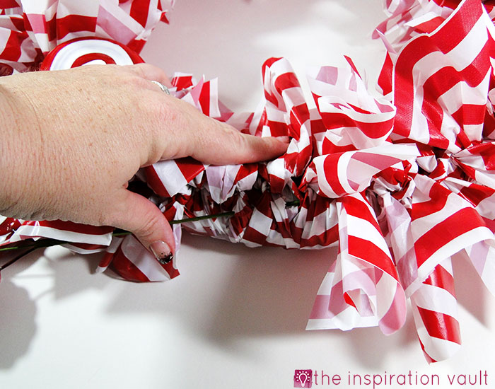 Candy Cane Wreath Step 13b