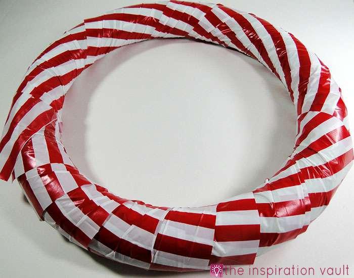 Candy Cane Wreath Step 6b