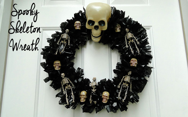 Spooky Skeleton Wreath Slider Image