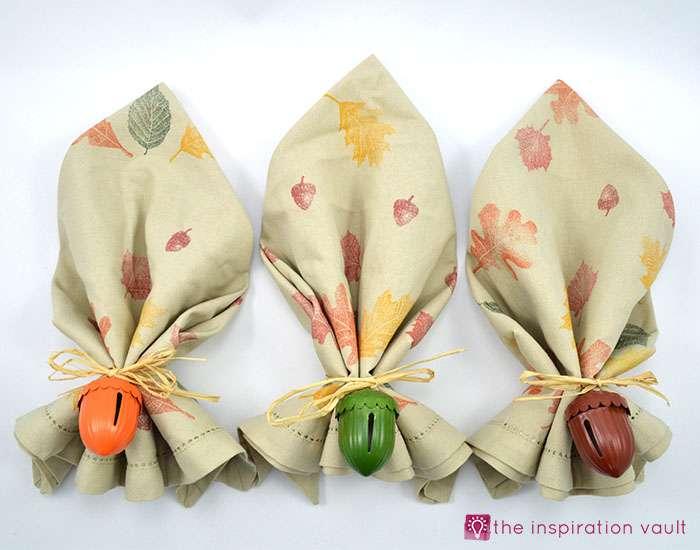 easy-raffia-accent-fall-napkin-rings-complete