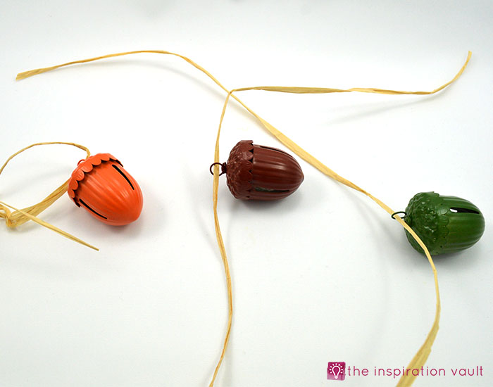 easy-raffia-accent-fall-napkin-rings-step-2