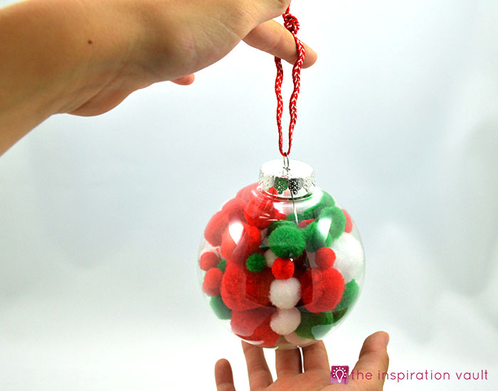 kids-pom-pom-christmas-ornament-complete