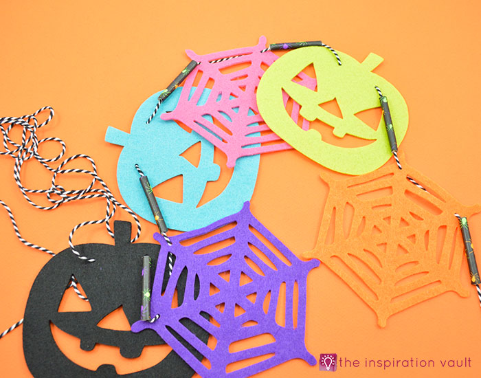 colorful-felt-halloween-banner-step-6