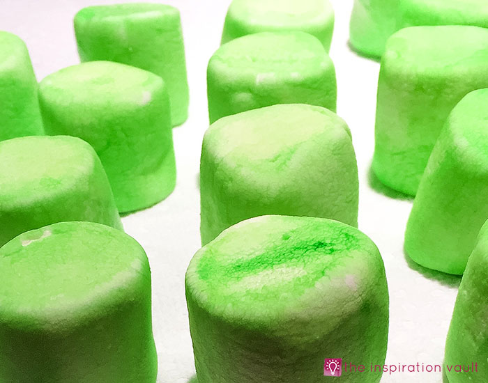 frankenstein-marshmallow-pops-step-3
