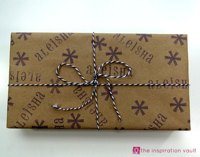 personalized-brown-paper-gift-wrap-step-6b