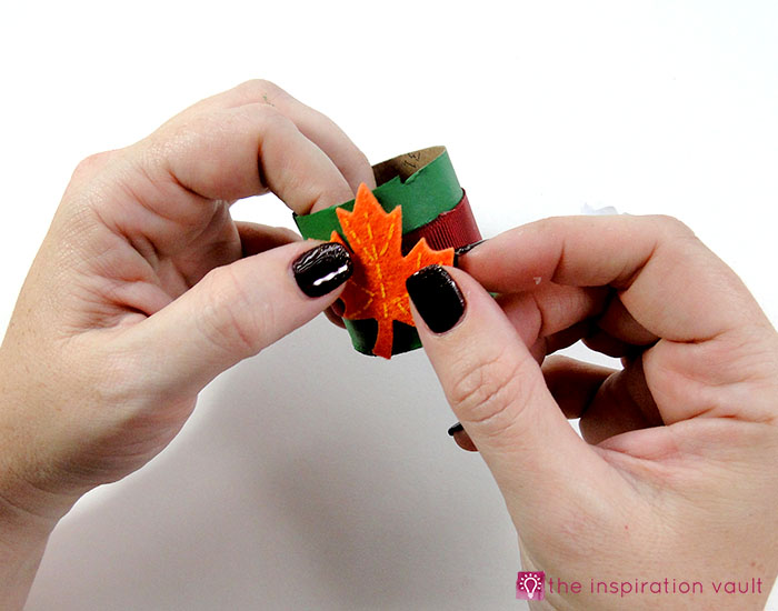 kids-felt-fall-leaf-napkin-rings-step-6a