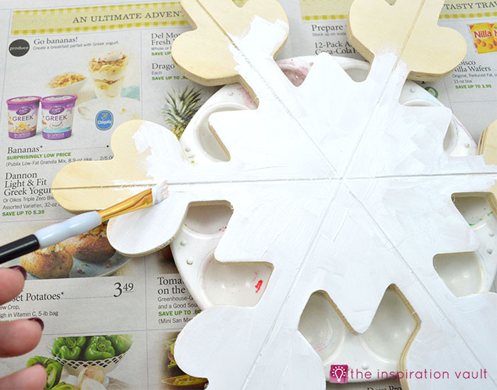 sparkly-snowflake-decor-step-1