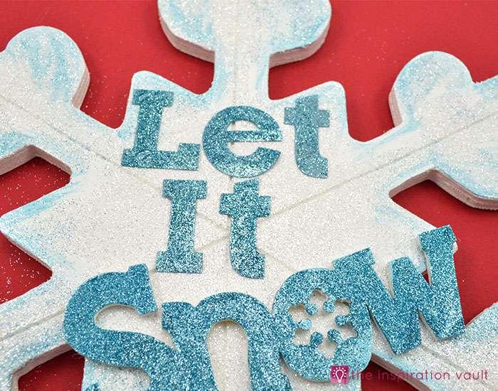 sparkly-snowflake-decor-step-12