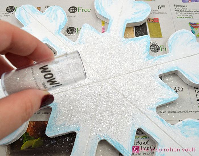sparkly-snowflake-decor-step-6b