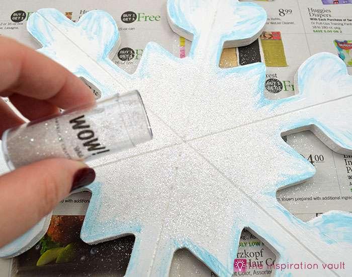 sparkly-snowflake-decor-step-6b