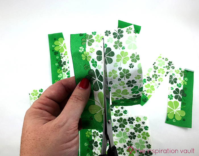 Luck Shamrock Decoration Step 5a