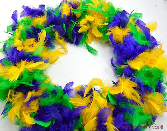 Easy & Thrifty Mardi Gras Wreath Step 3b