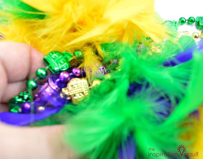 Easy & Thrifty Mardi Gras Wreath Step 5a