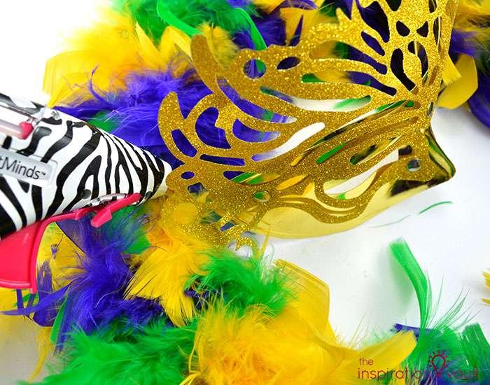 Easy & Thrifty Mardi Gras Wreath Step 6