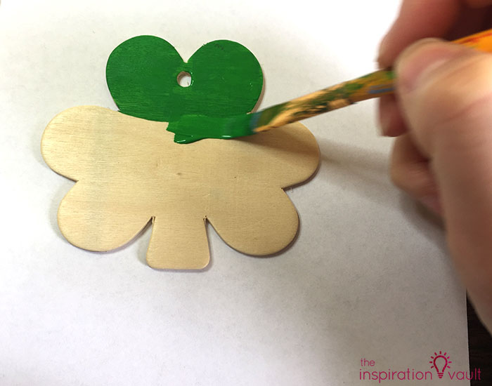 Quick & Festive Wood Shamrock Decor Step 2a
