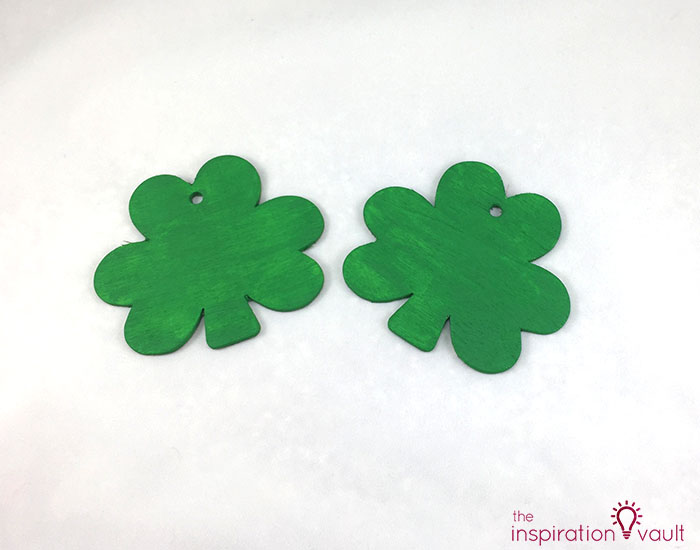 Quick & Festive Wood Shamrock Decor Step 2b