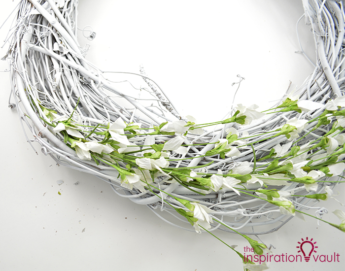 Lavender & White Floral Spring Wreath Step 4b