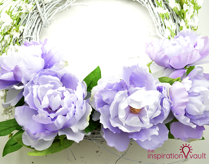Lavender & White Floral Spring Wreath Step 5b
