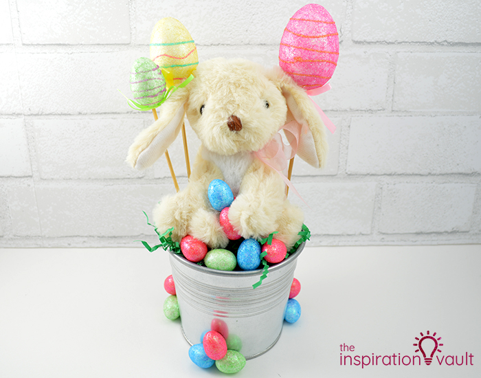 Thrifty Easter Bunny Centerpiece Complete