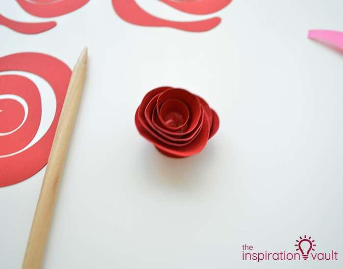 Paper Rose-Filled Monogram Letter Step 9b