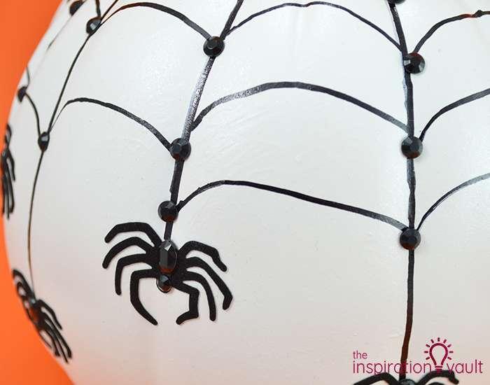 Rhinestone Spiderweb Pumpkin Decor Complete 2