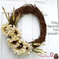 Easy Neutral Fall Wreath Feature
