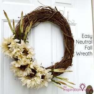Easy Neutral Fall Wreath Feature