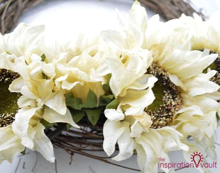 Easy Neutral Fall Wreath Step 2b