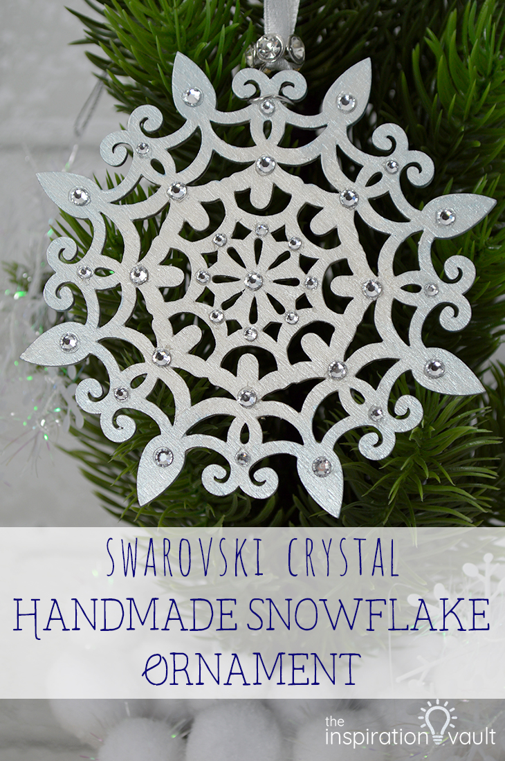 Swarovski Crystal Handmade Snowflake Ornament Christmas craft tutorial #ornament #swarovskicrystal