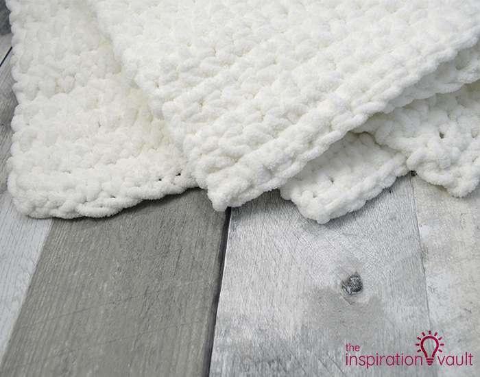Crochet & Cross Stitch Snowman Pillow Step 3d