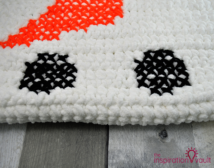 Crochet & Cross Stitch Snowman Pillow Step 9