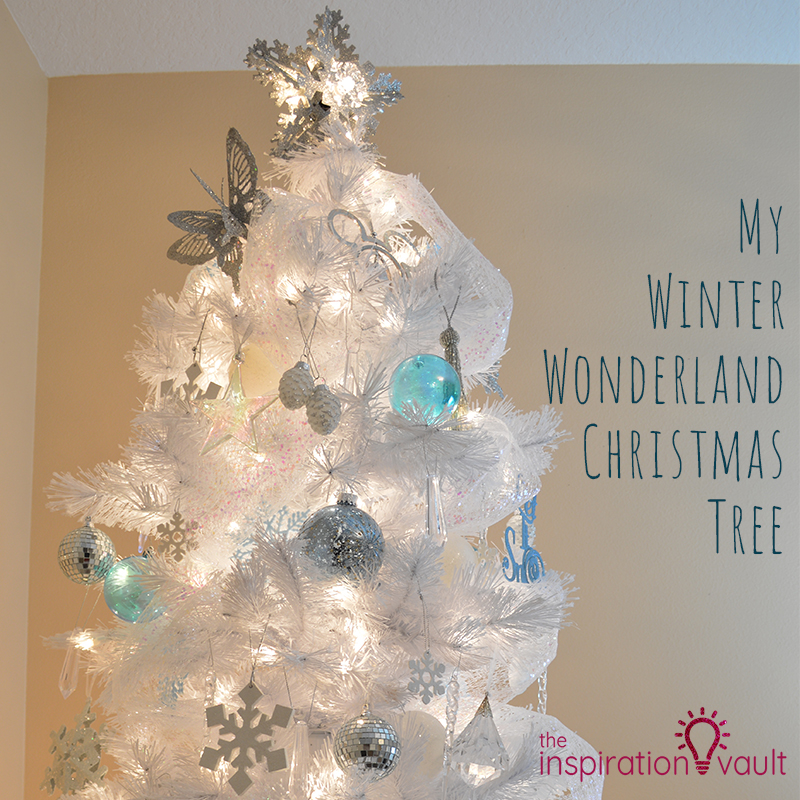 my winter wonderland christmas tree feature - Winter Wonderland Christmas Decorations