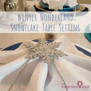 Winter Wonderland Snowflake Table Setting Feature