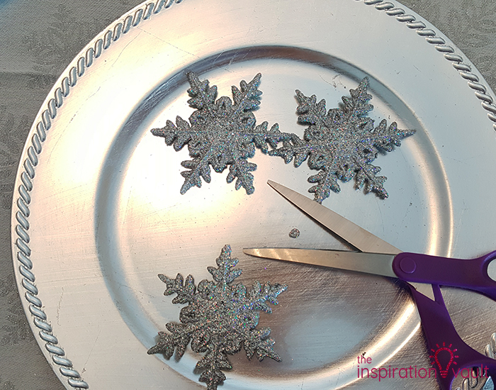 Winter Wonderland Snowflake Table Setting Step 1