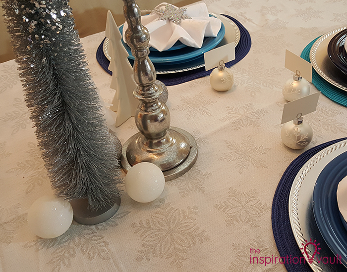 Winter Wonderland Snowflake Table Setting Tablecloth