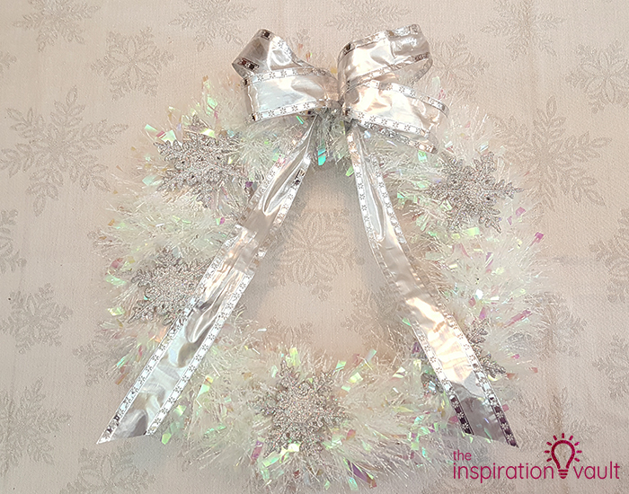 Winter Wonderland Snowflake and Tinsel Wreath Complete