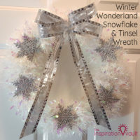 Winter Wonderland Snowflake and Tinsel Wreath Feature