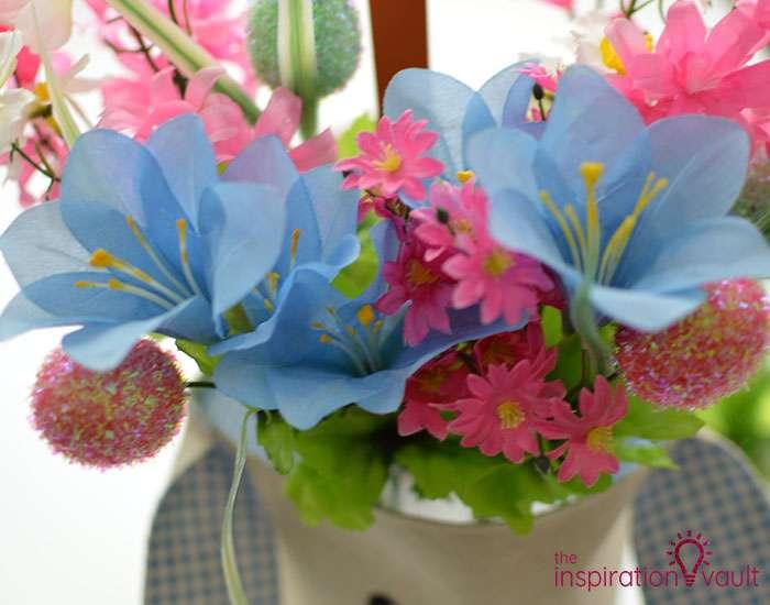 Dollar Tree Egg Bouquet Centerpiece Step 5d