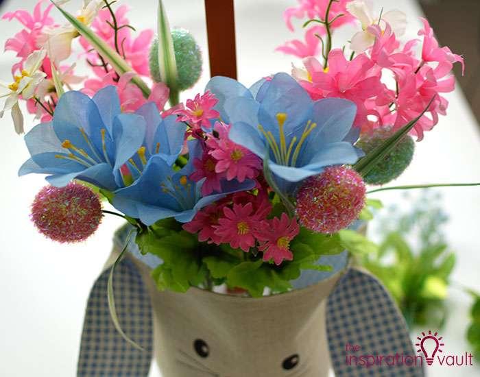 Dollar Tree Egg Bouquet Centerpiece Step 5e