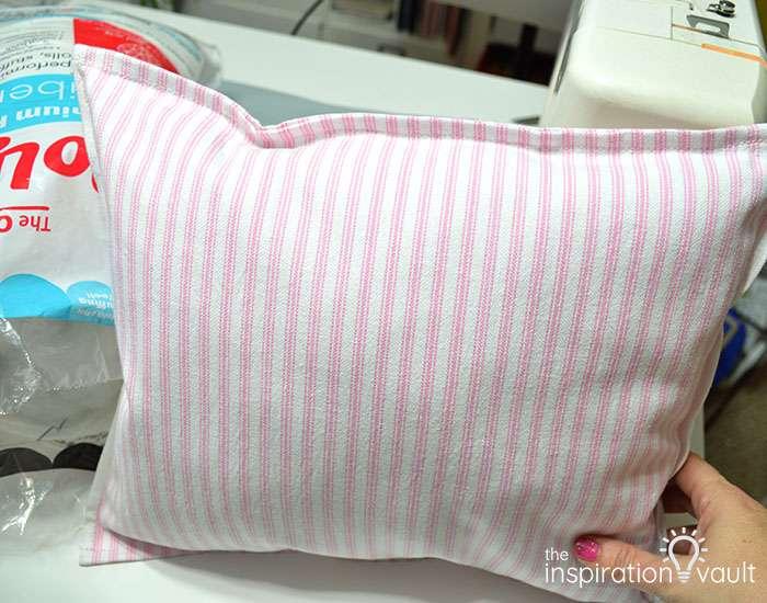 Easter Tea Towel Pillows Step 7b