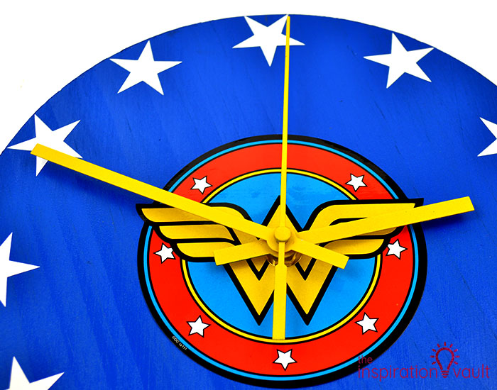 DIY Wonder Woman Superhero Clock Step 10